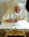 leggi l'articolo 'Il Papa riscrive l'enciclica: sarà un testo anti crisi'